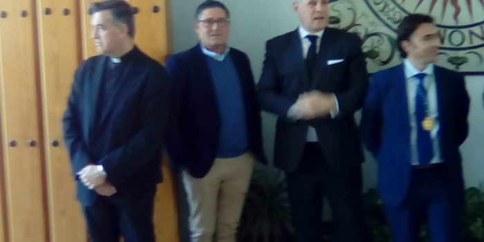 La Hermandad de la Yedra asistió al funeral del Rvdo. Padre Jesuita D. Jerónimo Valpuesta Güeto